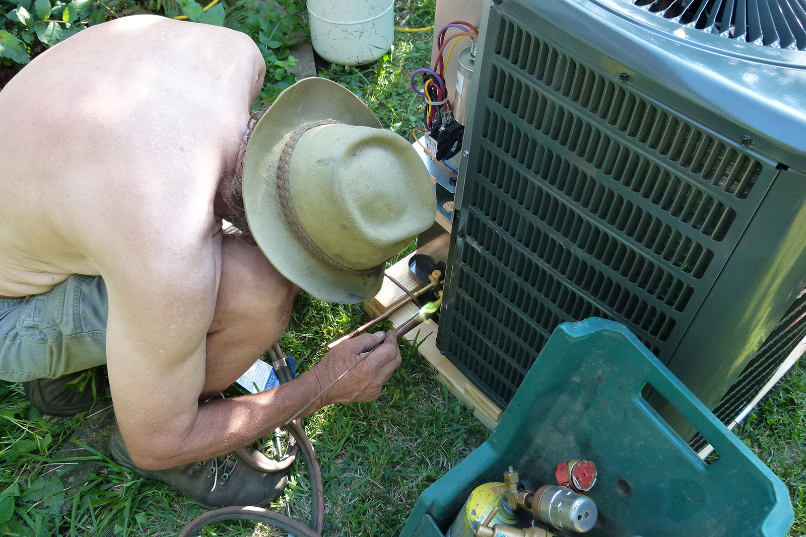 Air Conditioning Problems Ac Is Broken Houselogic Hvac Tips Central Circuit Board