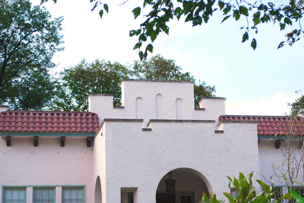 Parapet wall on a Spanish-style home