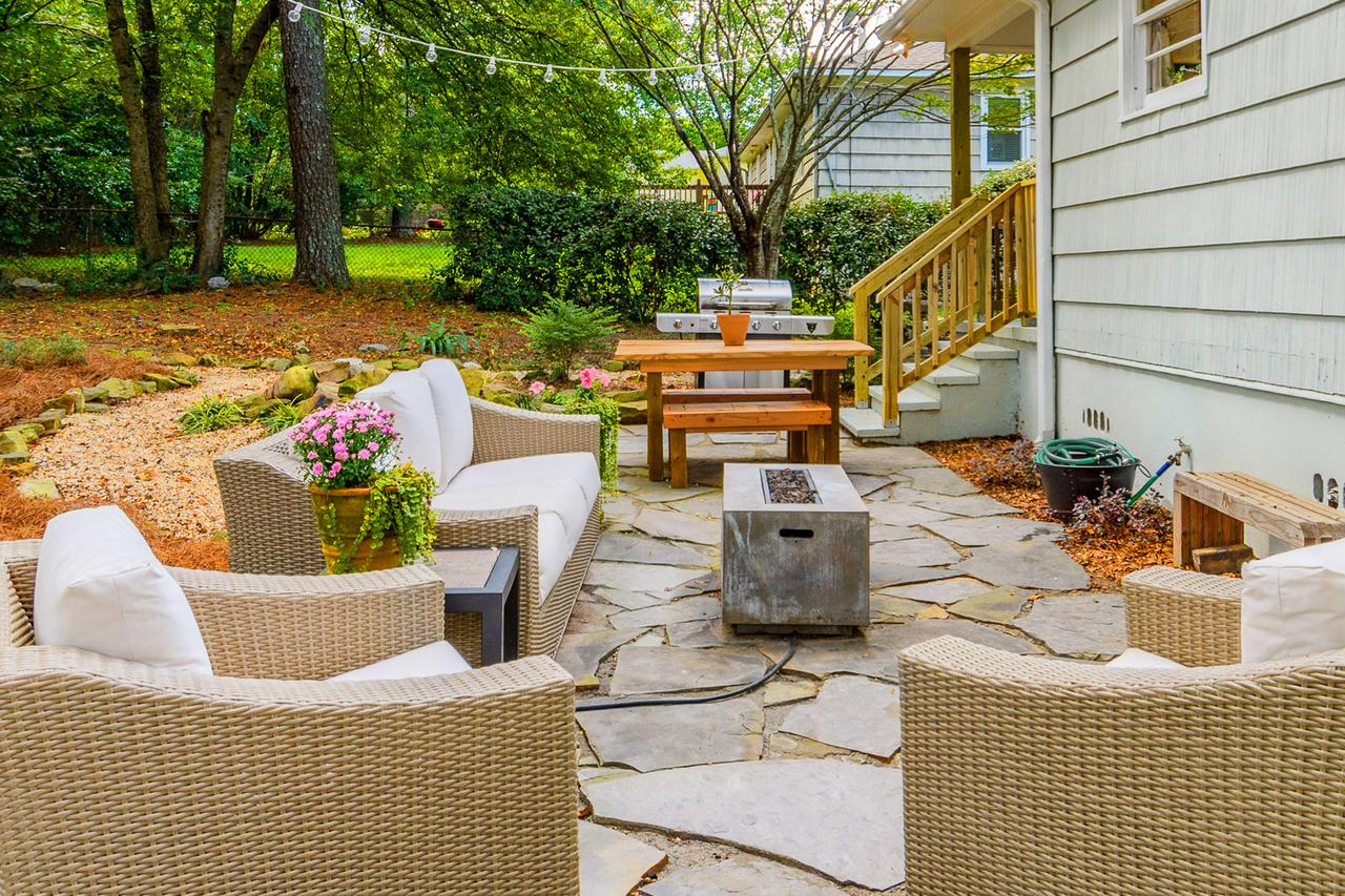 Backyard Before And After Makeover Ideas Small Backyard