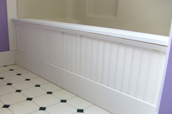 Adding moulding to the side of a bathtub