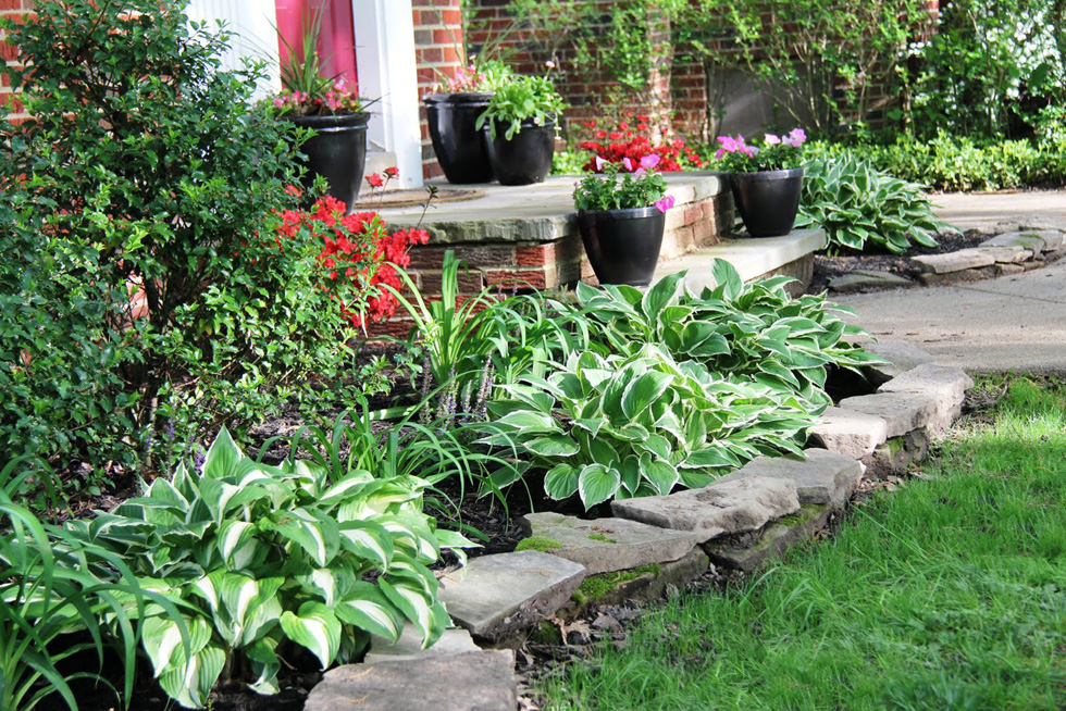 Easy Landscaping Easy Maintenance Landscaping HouseLogic Yard Tips - Basic landscaping tips