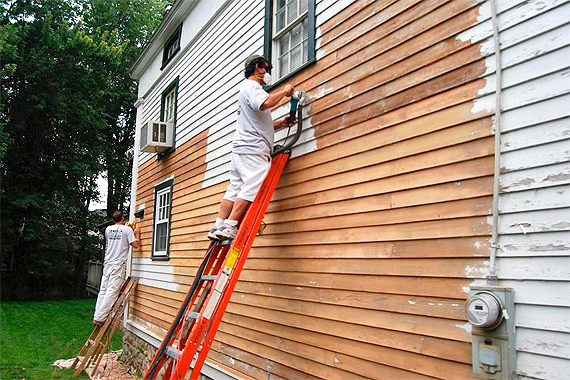 Exterior paint tips exterior painting pointers houselogic for Exterior mural painting techniques