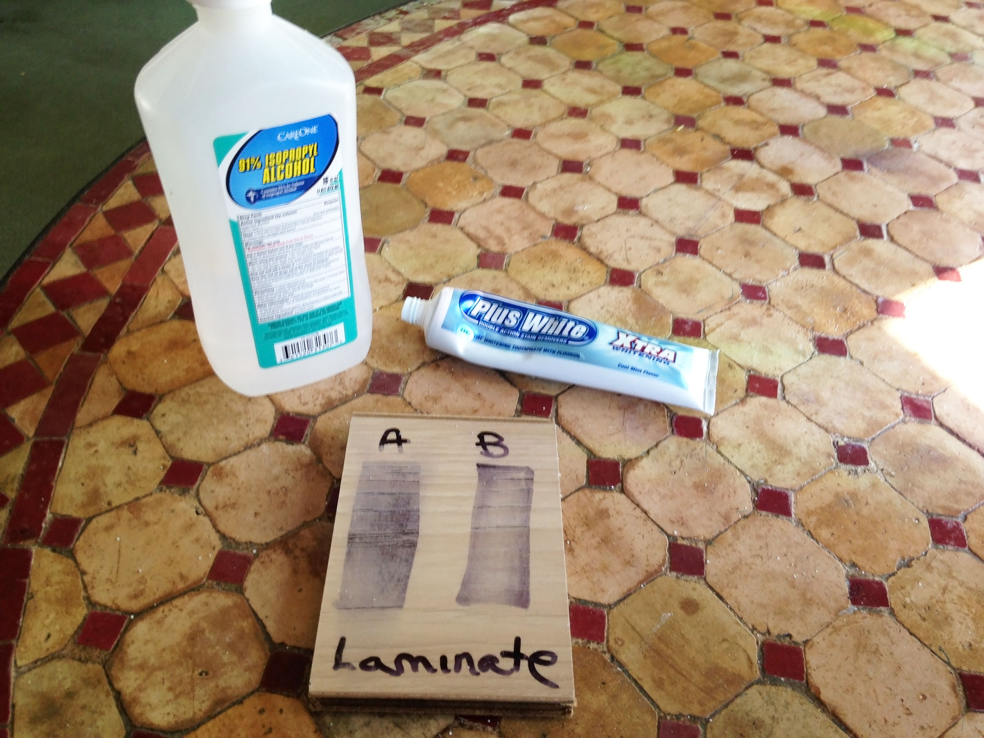 DIY floor cleaner test with toothpaste