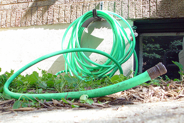 Dont Panic Over Study that Found Lead in Garden Hoses