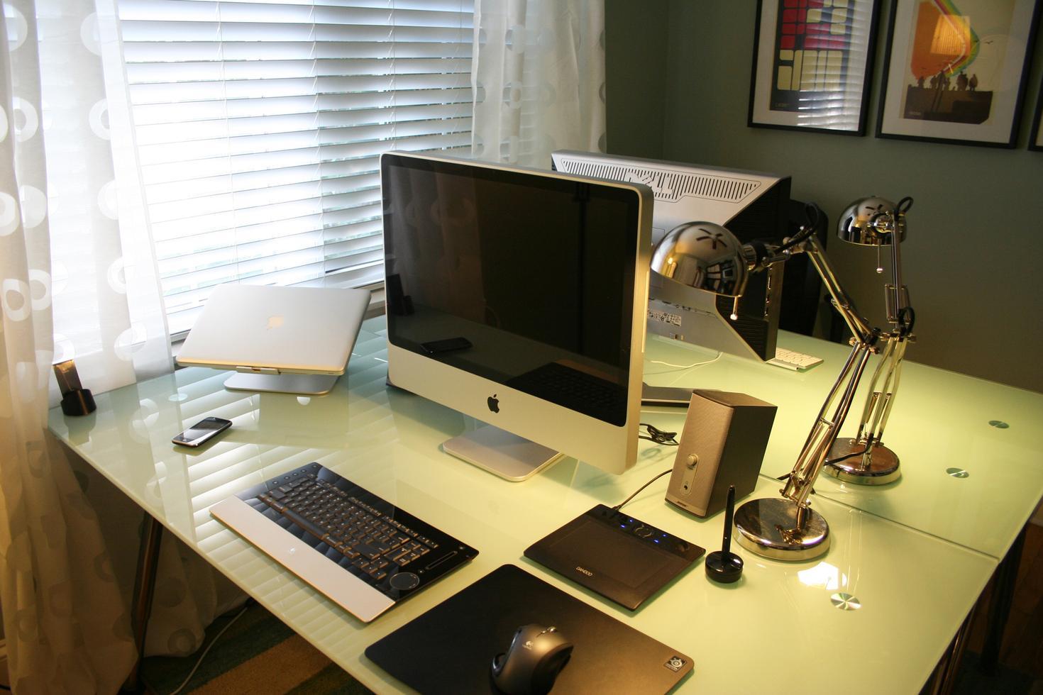 """Офисное место для программистов"""" - карточка пользователя pil."""