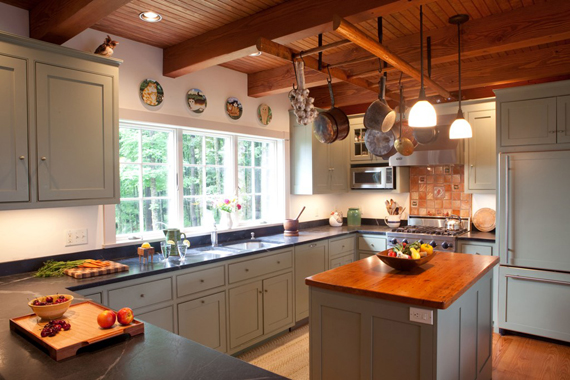 How to choose stock cabinets for your kitchen kitchen for Choose kitchen cabinets