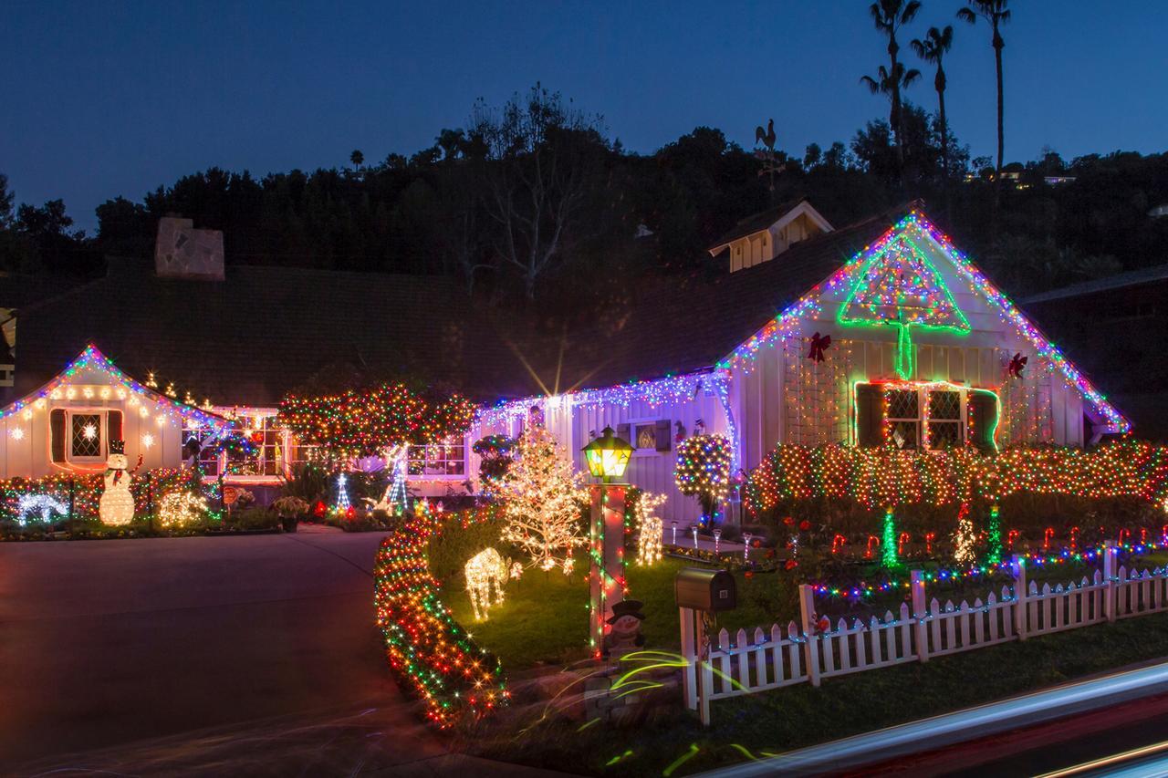Christmas Lights Decorations HouseLogic