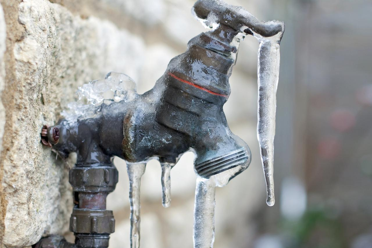 How To Keep Pipes From Freezing Stop Pipes From Freezing