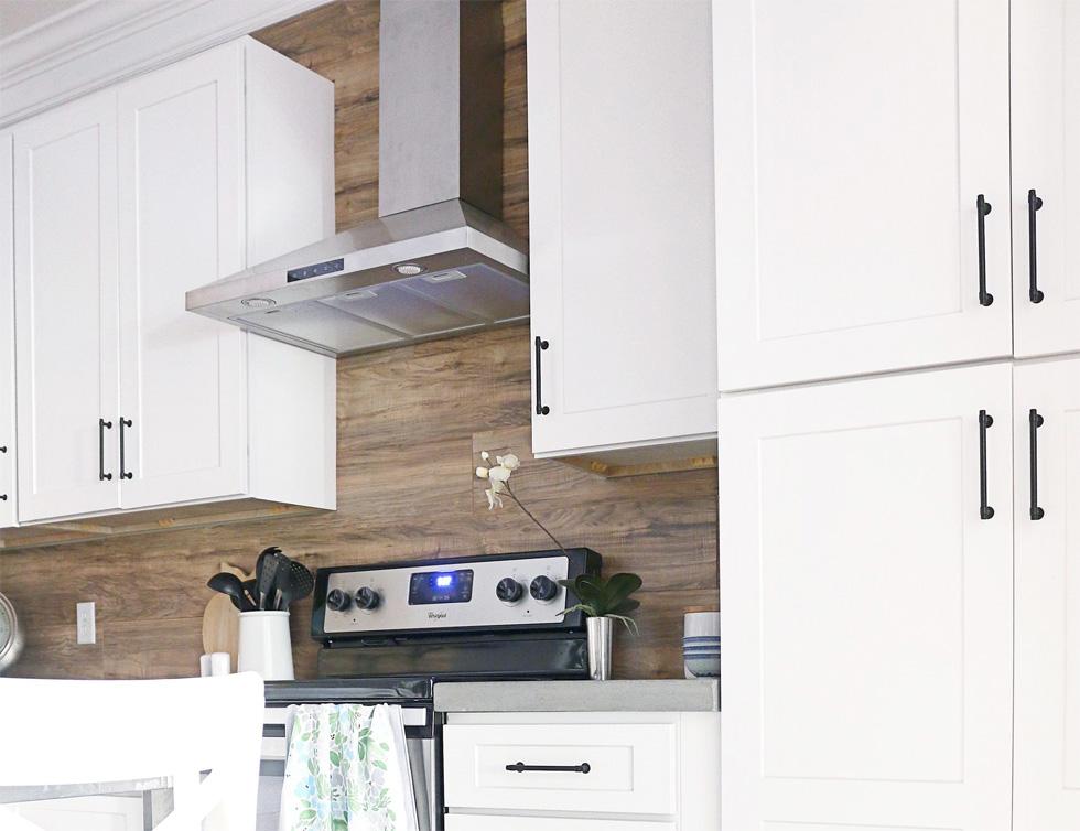 Shiplap kitchen backsplash