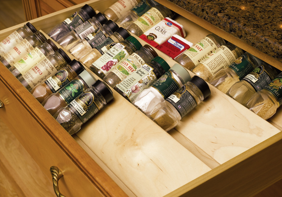 Ways to Use Your Kitchen Cabinets and Drawers