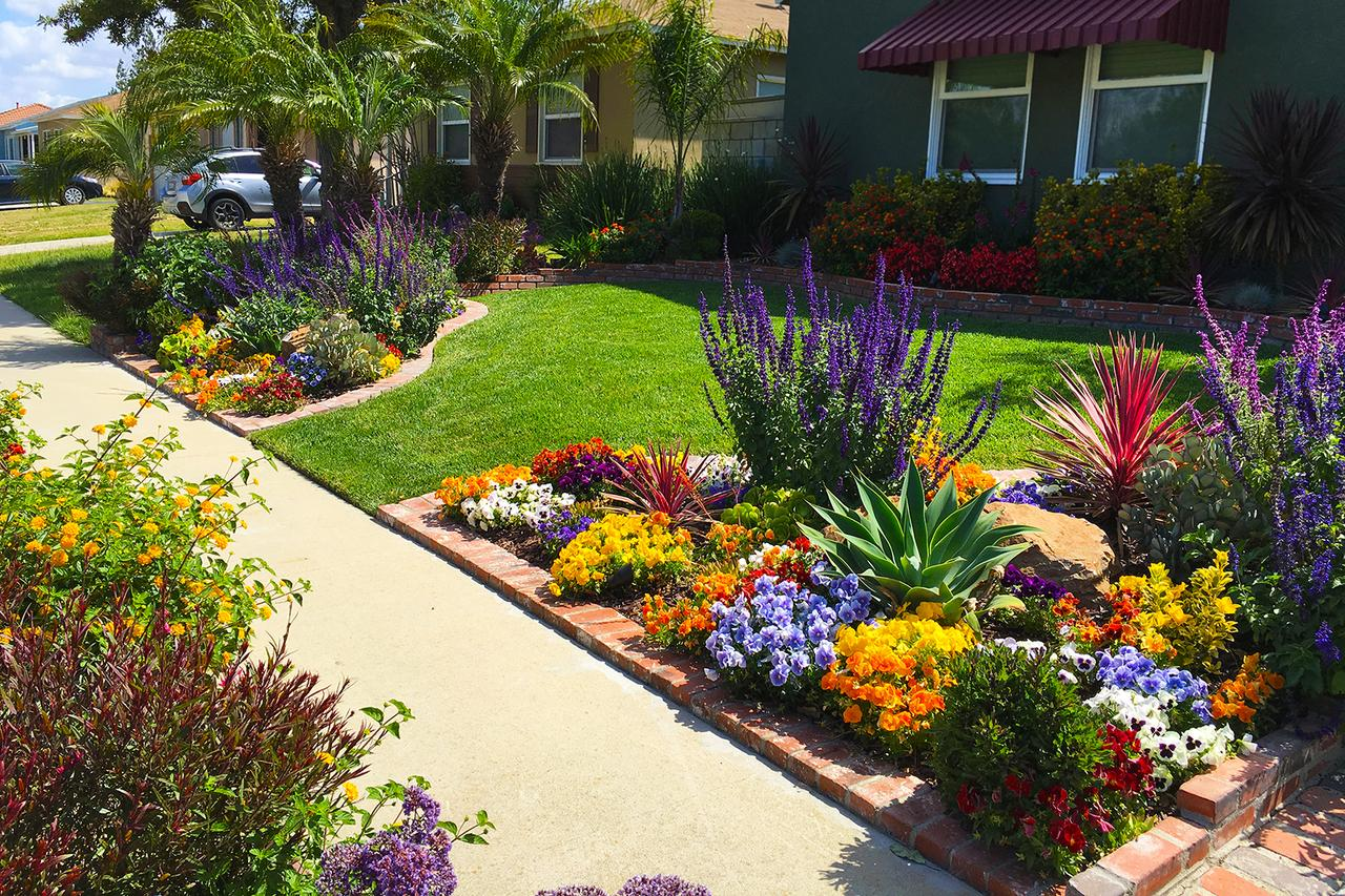 Front Yard Landscaping Ideas for Curb Appeal | HouseLogic on Front Yard And Backyard Landscaping Ideas id=76389