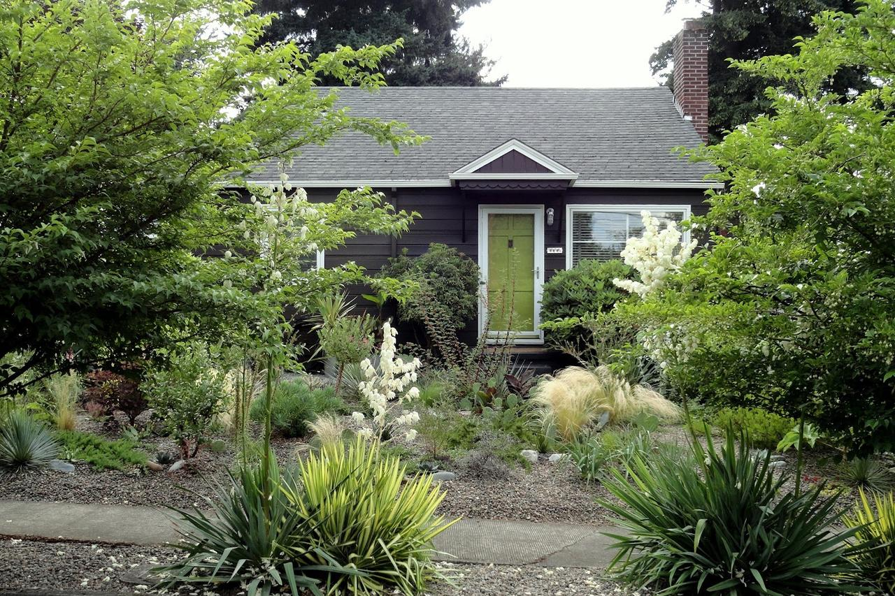 4 Super-Easy Curb Appeal Projects to Max Out Your Home's Value