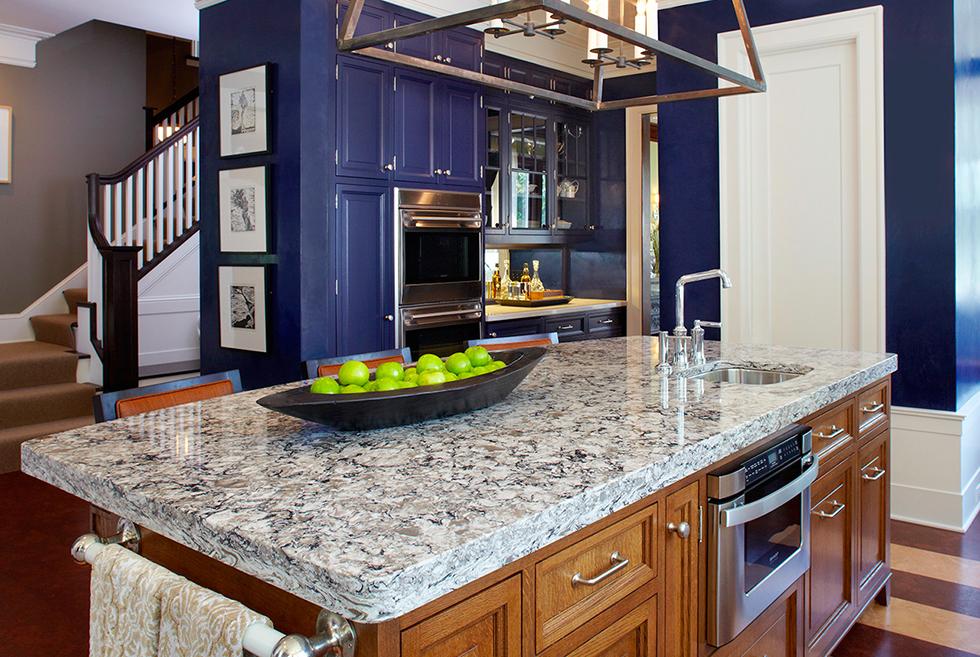 Low-maintenance quartz countertop in a kitchen