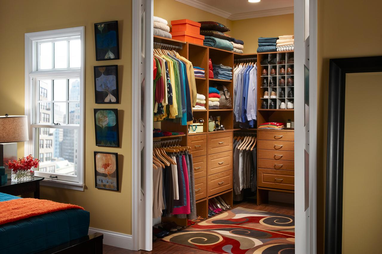Master closet layout organizing your master closet for 7x11 bathroom layouts