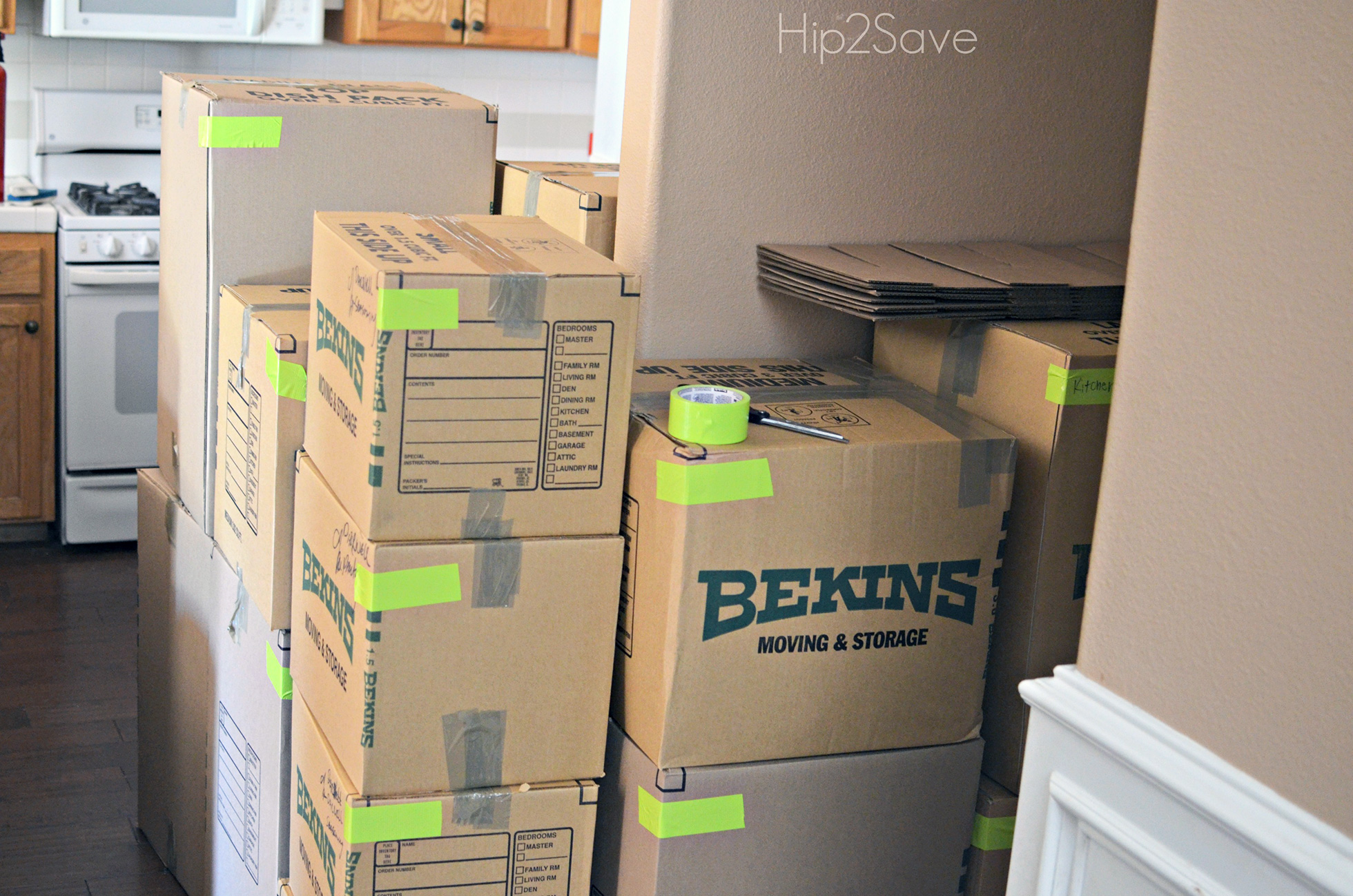Color-coded moving boxes
