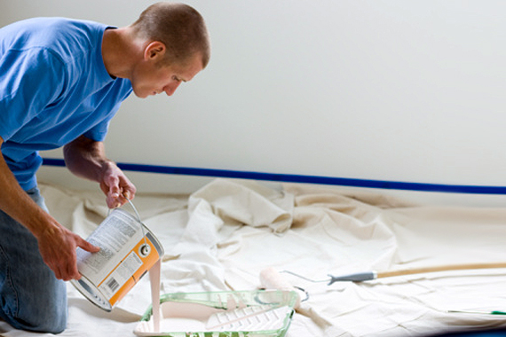 Using A Drop Cloth Painters Drop Cloth Home Painting Tips