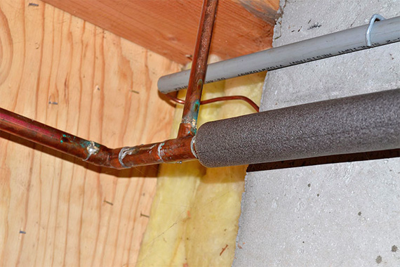 How To Keep Your Pipes From Freezing Prevent Freezing Pipes