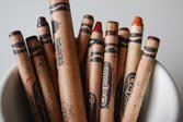 Use brown crayons to fix wood floors