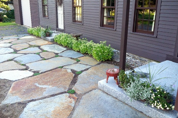 7 walkway ideas to pump up your curb appealnatural stone - Sidewalk Design Ideas