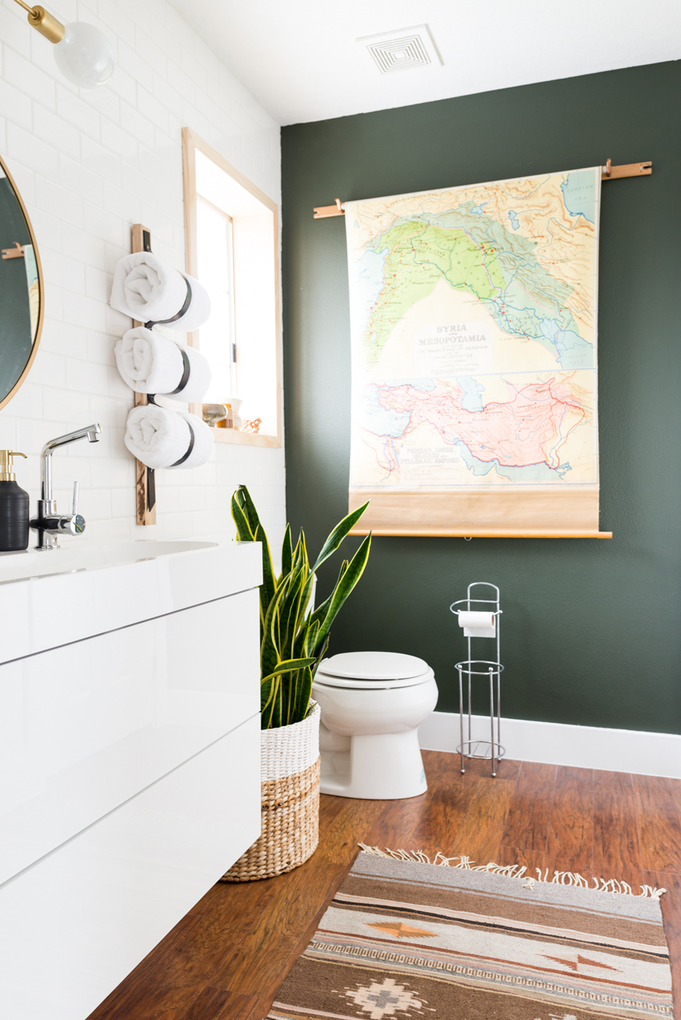 Green wall paint in a home