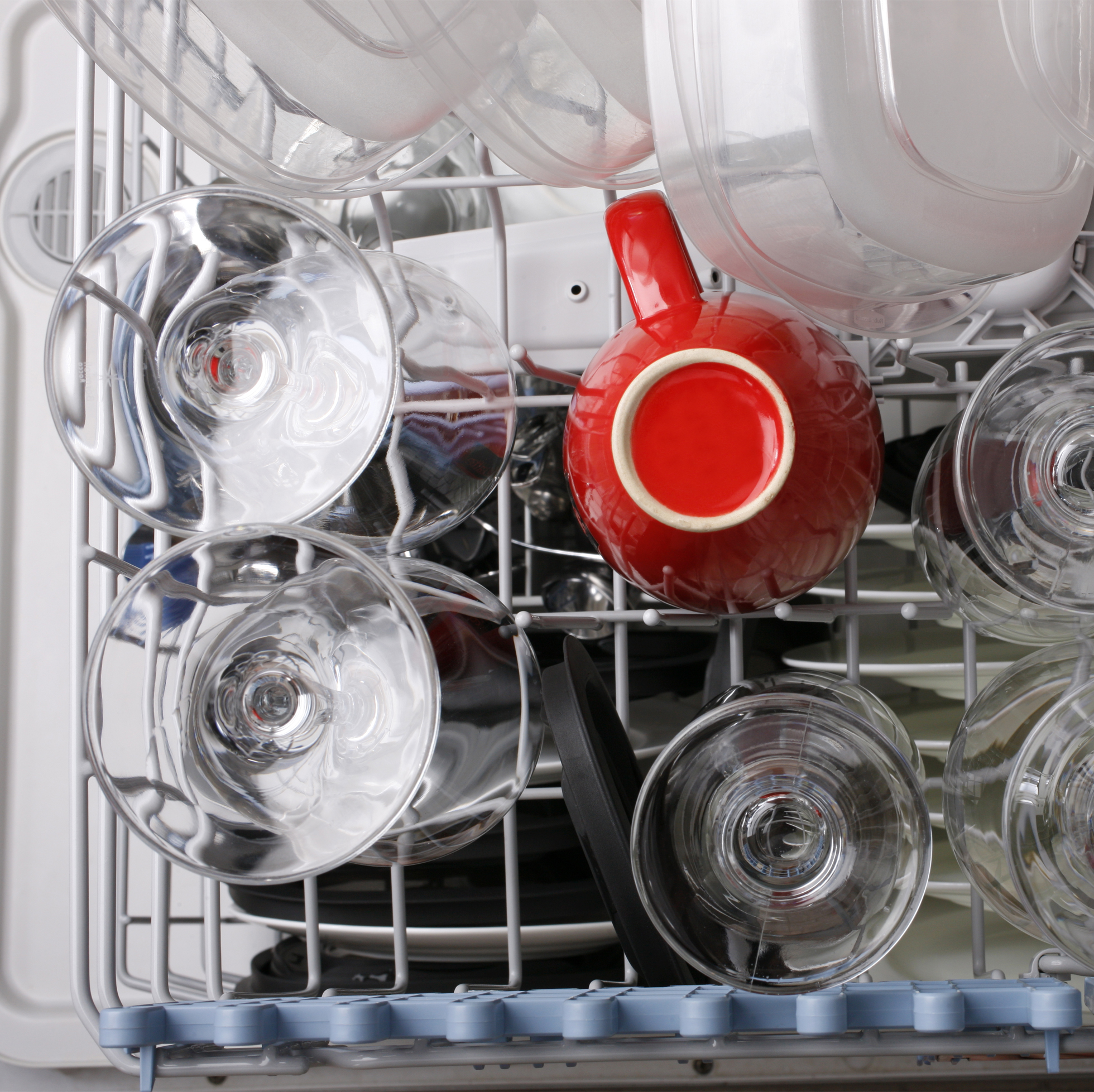 Brand new dishwasher in a home kitchen